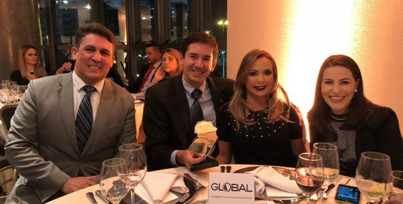 Global recebe prêmio