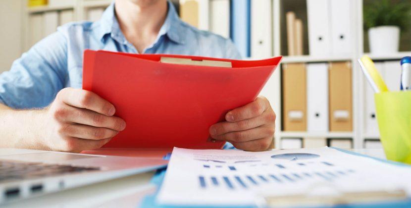 O papel dos relatórios internacionais na gestão de crédito de empresas no exterior